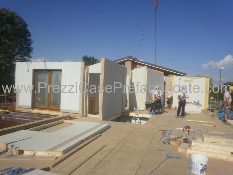 Vendita case prefabbricate in legno in muratura bioedilizia for Case prefabbricate muratura